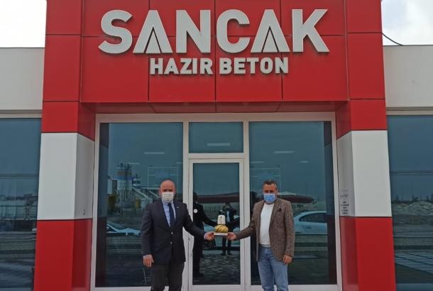 Maske, mesafe ve temizlik kurallarına uygun olarak KONTİMDER Başkan Yardımcısı Cüneyt Tat, işyerinde  ziyaret edildi.