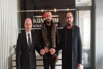 Geçen dönem KONTİMDER Yönetim Kurulunda görev alan Yaşar Özdemir işyerinde ziyaret ederek, derneğe yaptığı katkılardan dolayı teşekkür plaketi takdim edildi..