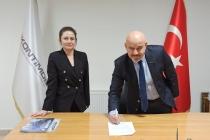 KONTİMDER ve Dünyagöz Konya Hastanesi ile indirim anlaşma protokolü imzalandı. KONTİMDER üyeleri, yakınları ve üye firma çalışanları Dünyagöz'den indirimli hizmet alacak.