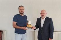 KONTİMDER üyesi Mehmet Kara, işyerinde  ziyaret edildi.