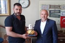 KONTİMDER Üyesi Tahir Armutcu'yu işyerinde  ziyaret edildi.